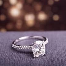 Buy oval moissanite ring online